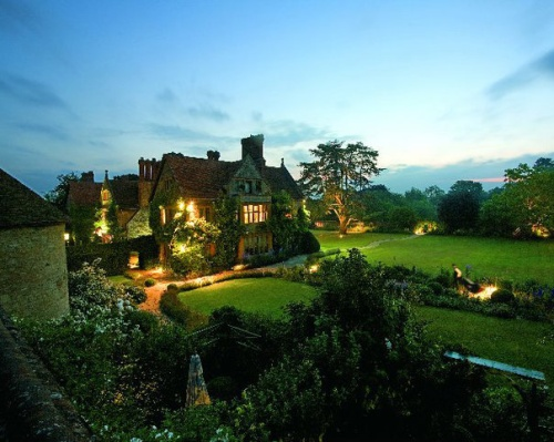 The idyllic setting at La Manoir